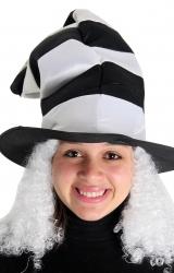 Chapéu Listrado com Cabelo